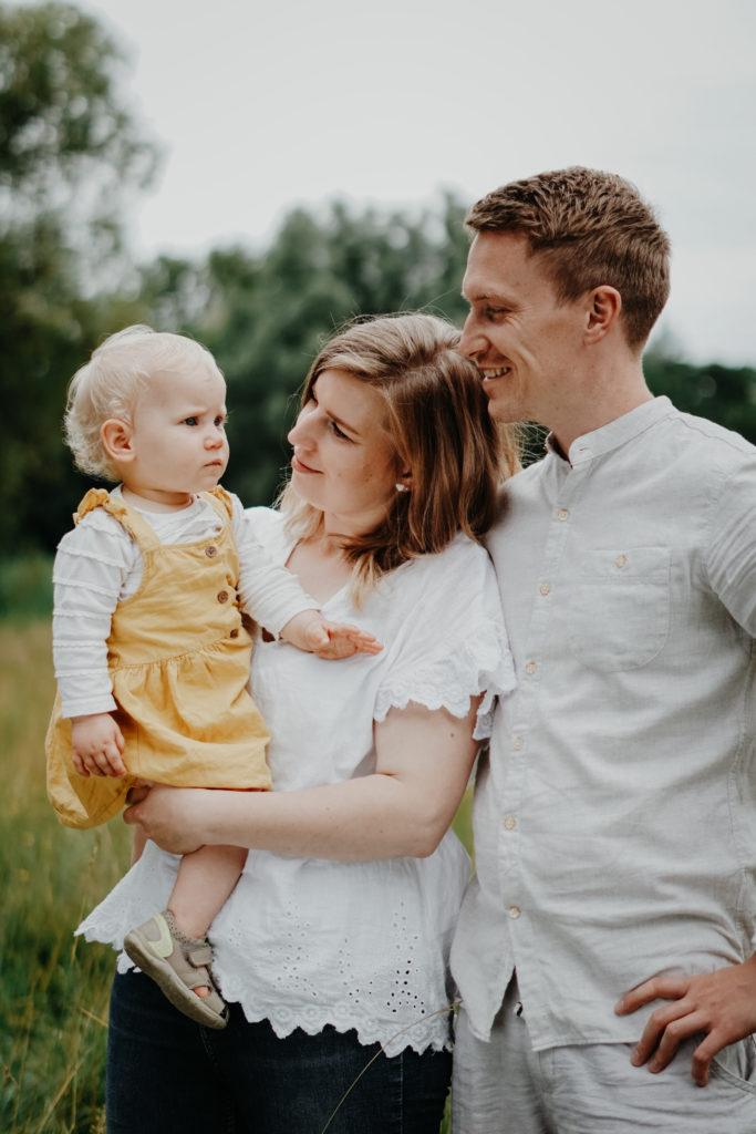 Junge Familie Babyshooting